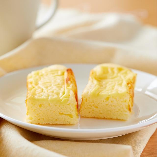 画像: ローソン・とろけるチーズのモッチケーキ