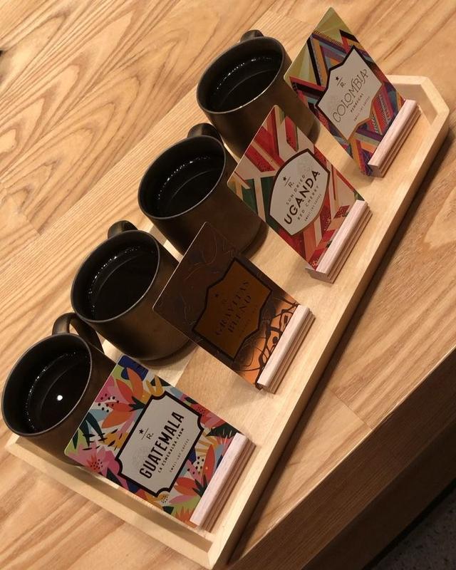 画像1: 中目黒『スターバックス リザーブ ロースタリー』レセプションで、コーヒー4種飲み比べ!  #スターバックスリザーブロースタリー www.instagram.com