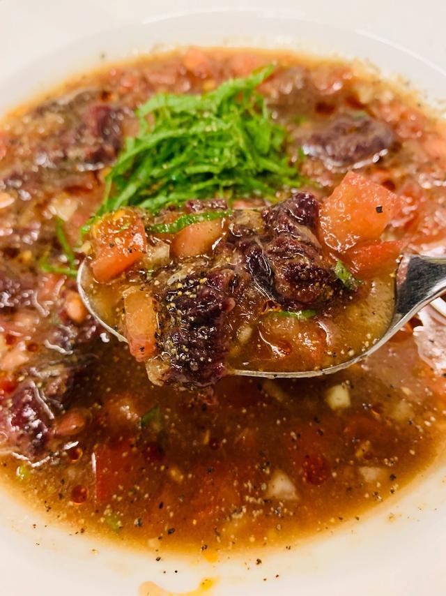 画像: 珍カレーの追求。トド肉の生カレー