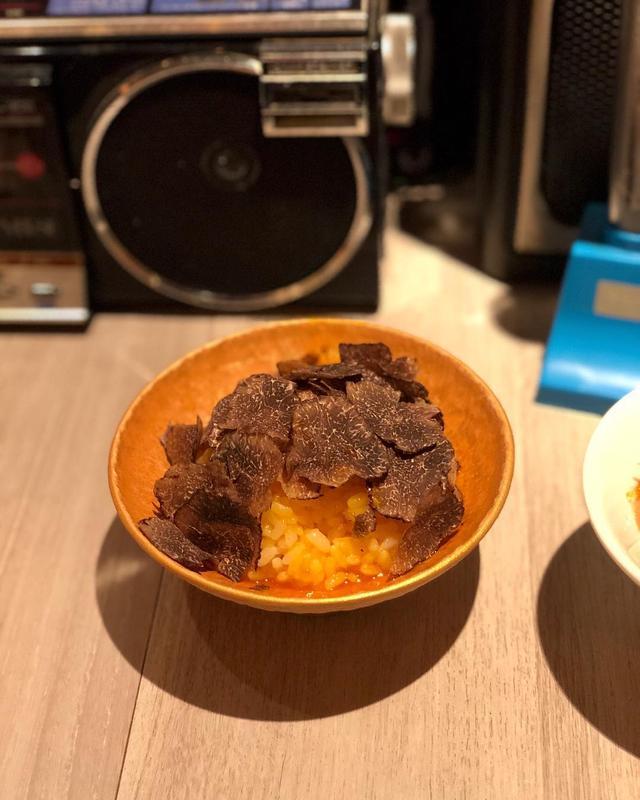 画像: こんな時間にトリュフたまごかけご飯❤️  #十番右京 #歌京