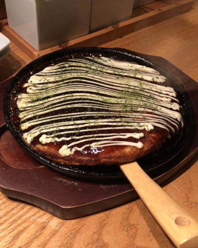 画像: 『田中田』の「山芋お好み焼」が、お好み焼き専門店じゃないのに、バカみたいに美味しいので必ず頼みます!!!  #田中田 #田中田西麻布