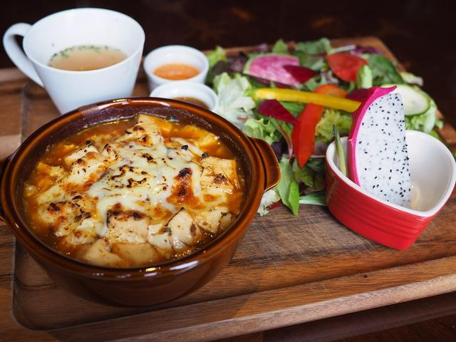 画像: お洒落なカフェでいただく今話題の『麻婆×チーズ』ランチは美味しくてヘルシーで満足度が高すぎます! 守口市 「Cafe and Bar on°C -温度-」