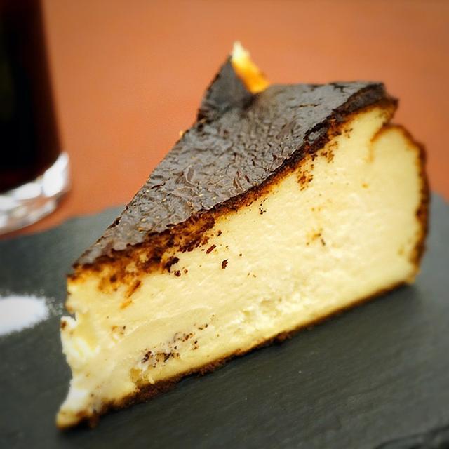 画像: バスクチーズケーキが激アツ!
