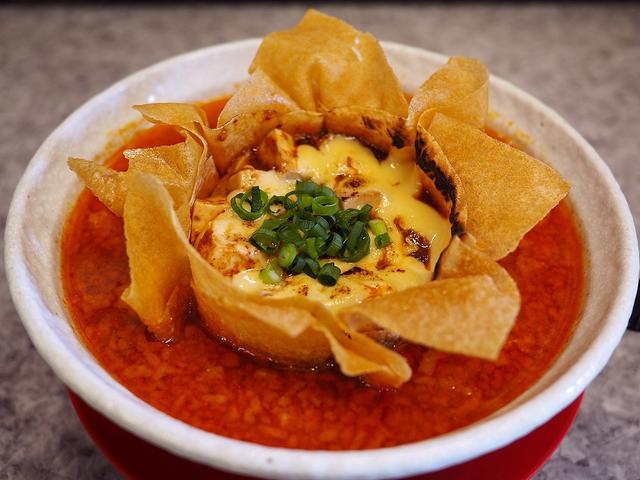 画像: 絶品麻婆麺にチーズトッピングが加わってここでも人気の『麻婆×チーズ』が楽しめます! 関目高殿 「男のラーメン 関目団長」