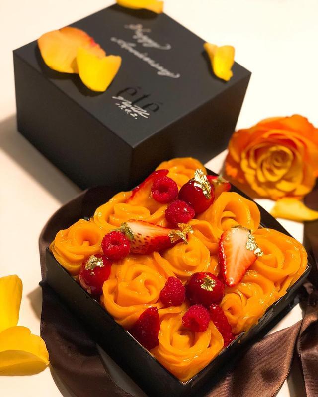 画像: 今日4月2日は、19回目の結婚記念日! 風信子(ジルコン)婚式と言うそうです。  『été』のなっちゃんのマンゴータルトでお祝いできるなんて最高です!!!  #été #ete #マンゴータルト #庄司夏子 #風信子婚式