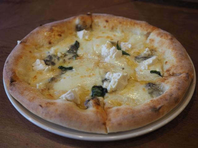 画像: 福島の人気イタリアンが梅田に進出!ランチタイムのピザセットはとても美味しくてお得です! 梅田 「TORERO TAKEUCHI(トレーロ タケウチ)」