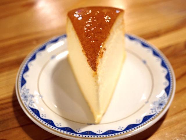 画像: チーズケーキパラダイス!・高知遠征 コミベーカリー
