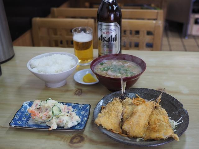 画像: 豚肉たっぷりでお出汁がよ~く効いた豚汁がしみじみ旨い! 西区南堀江 「成金屋食堂」