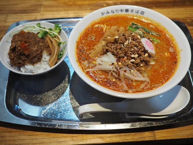 画像: 魚介出汁の深い旨みががよ~く効いた魚介担々麺も中華そばも感動的に美味しいです! 長居 「かみなり中華そば店」