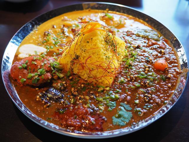 画像: 北インドの料理人が本気で作った絶品スパイスカレーがいただけるお洒落なスパイスバル! 梅田 「スパイスバル Zaffran(ザフラン)」