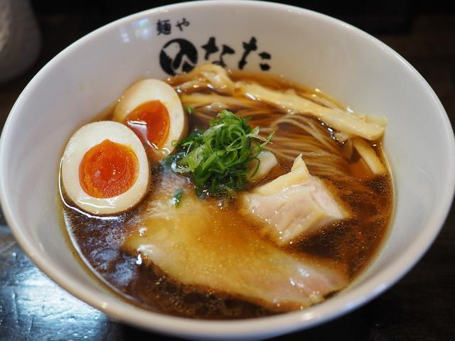 """画像: 高級地鶏 """"天草大王"""" と魚介ベースのスープは完成度が高くて唸るほど旨い! 淀川区塚本 「麺や ひなた」"""