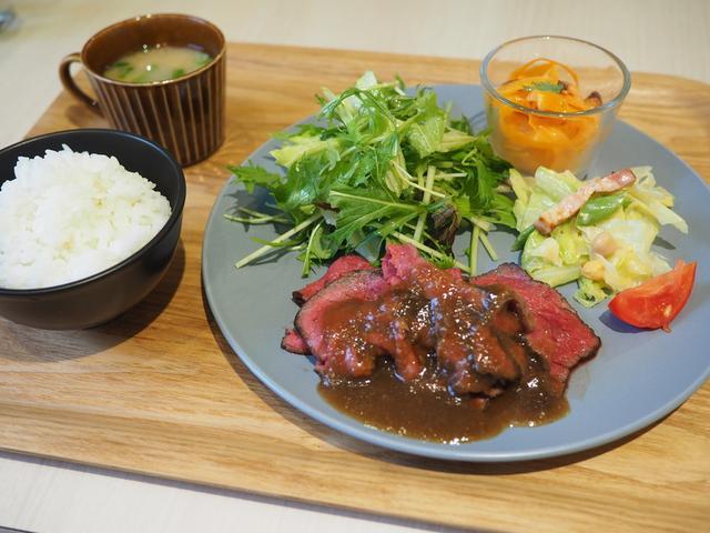 画像: JA兵庫六甲直営の新鮮野菜とお惣菜の食べ放題付きランチは満足感がとても高いです! 神戸市東灘区 「御影キッチン」