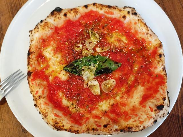 画像: 六本木で手軽にピザ百名店を楽しめる店