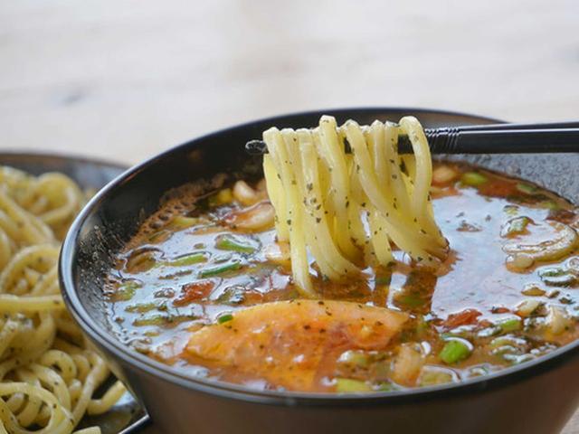 画像: 【福岡】トマトラーメン専門店のつけ麺♪@ザ・スヌープ 春日店