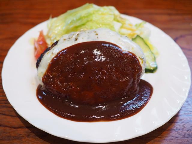 画像: あふれ出る肉汁が滝のように流れ続ける超ジューシーハンバーグ! 京都市中京区 「とくら 京都三条店」