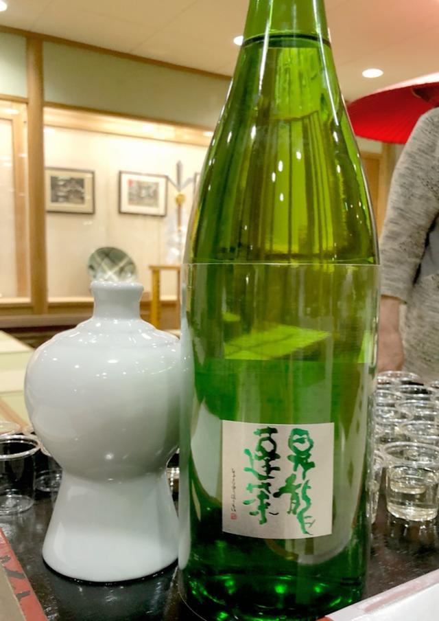 画像: 稲毛神社にて日本酒講演