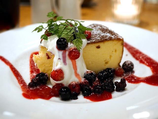 画像: チーズケーキパラダイス!・カフェ&ブックス ビブリオテーク 東京・自由が丘
