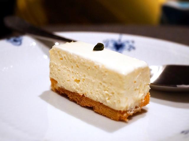 画像: チーズケーキパラダイス!・赤坂見附 西洋菓子 しろたえ