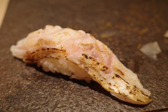 画像: 【新宿】都会の真ん中でしっとり大人の鮨デートを楽しむなら「鮨 みや川」