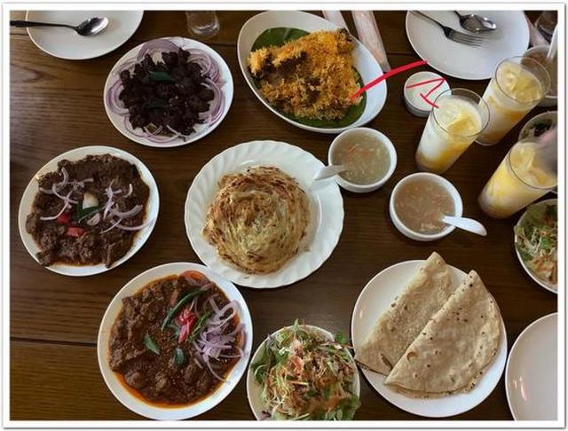 画像: カレーですよ4708(南行徳 トロピカルパラダイス)ケーララ料理の肉ざんまい。