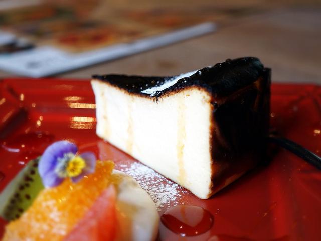 画像: チーズケーキパラダイス!・福井編 マニマニ ザ ファクトリーズ~バスクチーズケーキ!