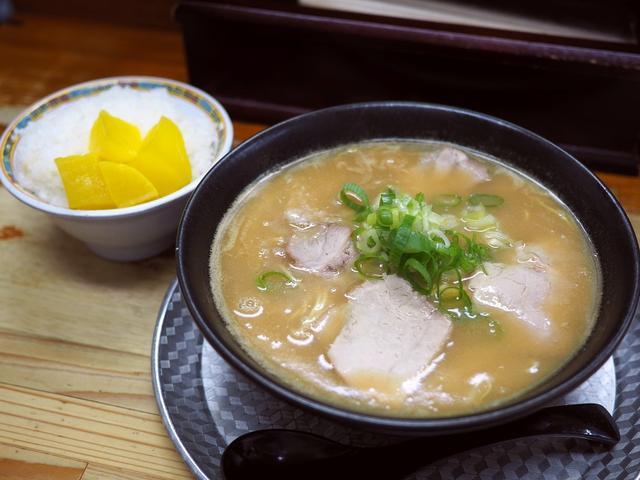 画像: 多くのファンから絶大に支持される濃厚で染みわたる美味しさの味噌ラーメン専門店! 神戸市兵庫区 「みそラーメンさつき」