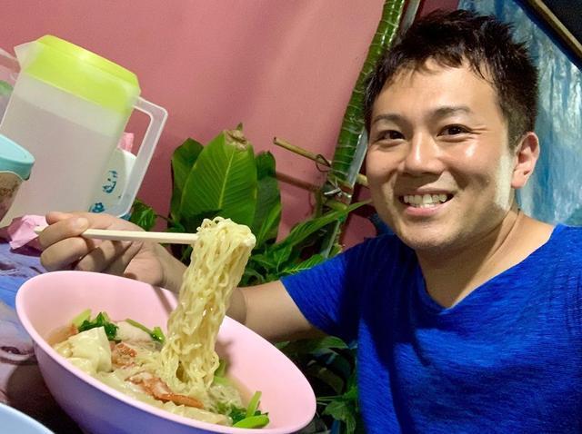 画像: サムイ島トンサイベイからバイクで5分。 タイのフランチャイズ店で有名な 「チャイシィー(ชายสี่)」があります。 ここのタイヌードルとカオカームーは最高でした #タイ #タイ料理 #タイラーメン #タイグルメ #サムイ島 #サムイ島グルメ #yo...