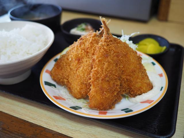 画像: 美味しくてボリューム満点で驚異的なコスパ!地元で絶大に支持される良心的すぎる食堂! 神戸市東灘区 「なかよし」