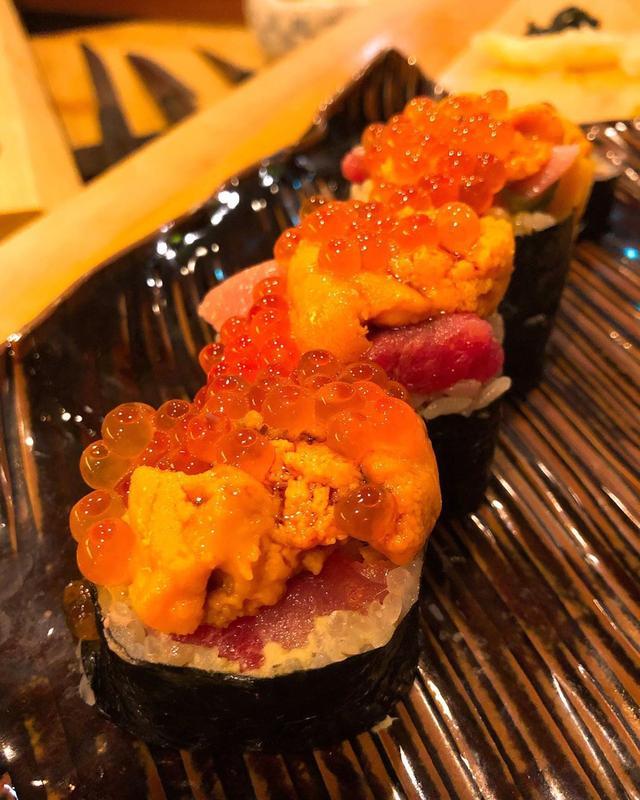 画像: 【2019年寿司42軒目『鮨 りんだ』Aug.3】  『鮨 りんだ』は、味も好みで、雰囲気も楽しくて、大好きです!  今日も、美味しかった〜! りんだ巻き、ヤバかった〜!  こちらの大将のおばあさんの手作り味噌のお味噌汁が、最高に美味し...