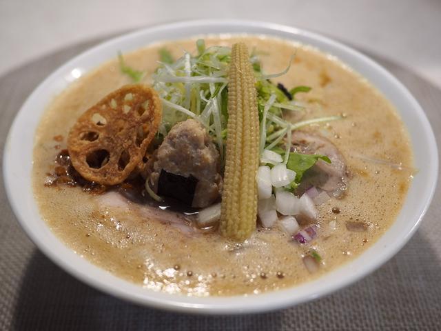 画像: お米を溶かし込んだ絶品スープと米粉のモチモチ麺のこだわりラーメンが感動的に旨いです! 都島区 「オコメノカミサマ」