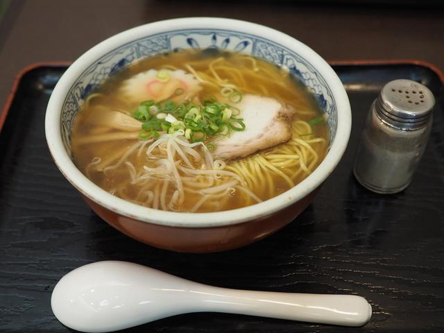 画像: 昭和11年創業の地元で愛されるお蕎麦屋さんの中華そばは昔懐かしい味わいでしみじみ旨い! 吹田市 「そば処 万両」