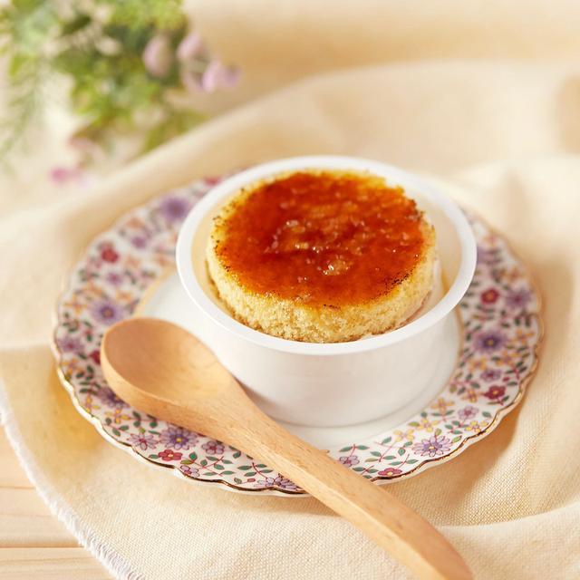 画像: コンビニスイーツ・ファミリーマート 香ばしブリュレのチーズケーキ