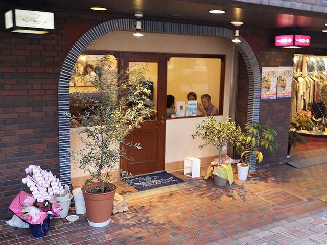 画像: 大阪で話題の店「A La(アーラ)」で料理センスを感じる旨いピッツァ!