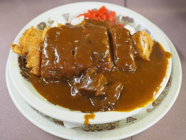 画像: 厚切りの本格とんかつが乗った老舗洋食屋さんのカツカレー! 北区豊崎 「グリルアイ」