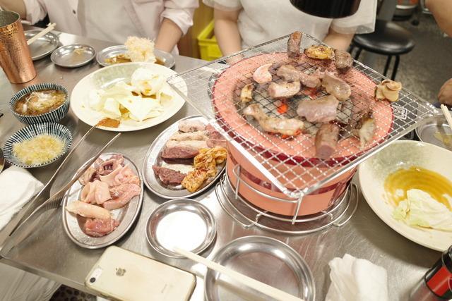 画像: 【三田】平日朝4時まで営業!食肉市場直送の新鮮ホルモンをワイワイ楽しむ「大衆パラダイス 芝浦ホルモン」