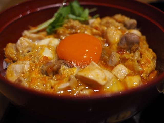 画像: 感動的に旨い!素材と味にこだわり抜いた超贅沢親子丼! 吹田市千里山西 「鴨と醸し 鼓道」