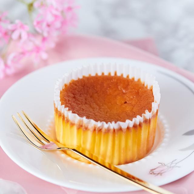 画像: コンビニスイーツ・セブンイレブン バスクチーズケーキ
