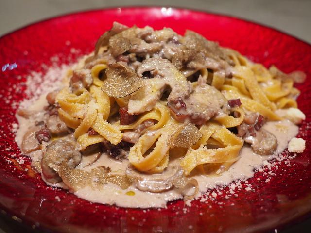 画像: 料理もドリンクもこだわりだらけのイタリアンは料理もドリンクも全てにおいて感動を与えていただけます! 堺筋本町 「A LA CIVETTE(アラシベット)」
