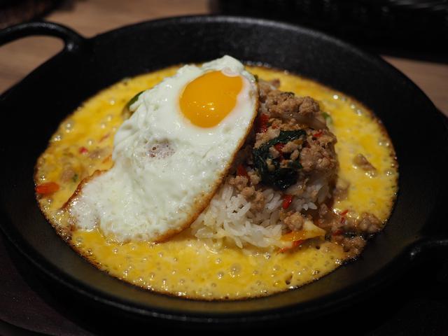 画像: ガパオライスとトロトロチーズが一体化したタイ料理が楽しめるお店がオープンしました! 梅田 「東京ガパオ LINKS UMEDA店」