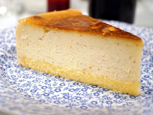画像: 日本橋 JURIS TEA ROOMS の チーズケーキ