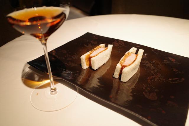 画像: 【有楽町】チャイニーズとスパニッシュが交じり合い新たな料理体験を「TexturA」