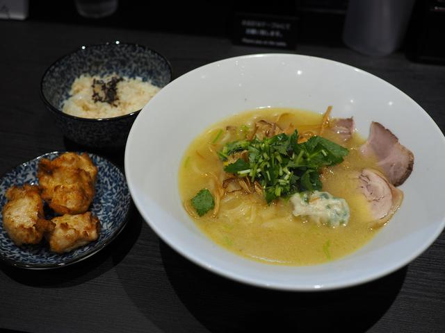 画像: 魚屋さんの鯛白湯と焼鳥屋さんの鶏白湯を合わせたW白湯ラーメンのお店がオープンします! 豊中市 「白湯製人」