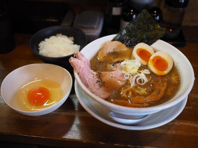 画像: 煮干し好き、またおま系好きにはたまらない味わいの絶品濃厚煮干し豚骨ラーメン! 上新庄 「天狗庵(テンギャン)」