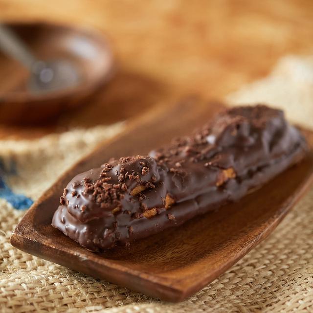 画像: コンビニスイーツ・ファミリーマート サクッと食感のチョコスティックドーナツ