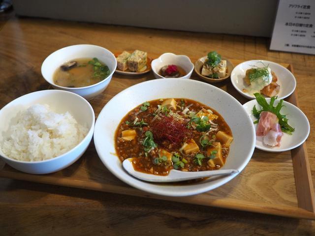 画像: オープンしたばかりの串揚げ屋さんの和のテイストの麻婆豆腐ランチ! 北区大淀中 「kushiage サテライト」