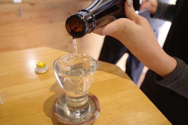 画像: 【中野】豊富な日本酒をリーズナブルに楽しめる立ち飲み酒場「立呑み二郎」