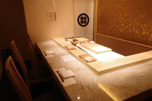 画像: 【恵比寿】カウンターを独り占めできる個室がプライベート感たっぷり!「鮨邸 田」