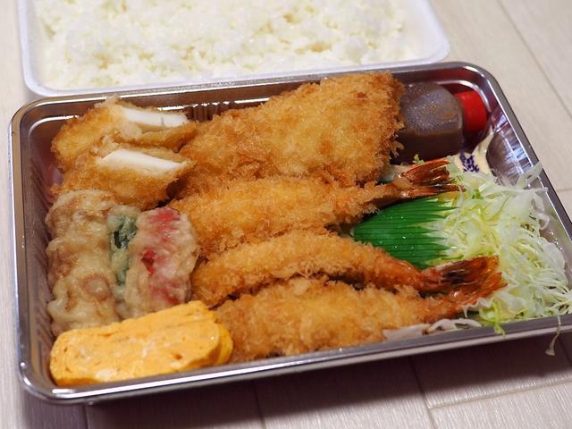 画像: 地元で大人気の安くてボリューム満点で美味しいお弁当屋さん! 豊中市 「あげた亭」