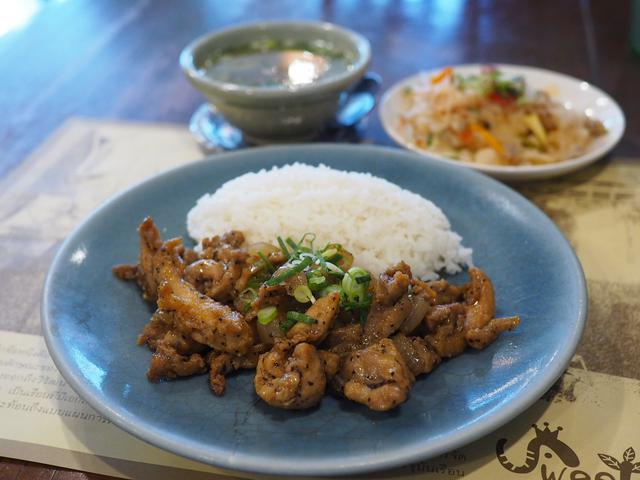 画像: タイ人シェフによる本格タイ料理がとても美味しいお店で久しぶりのお値打ちランチ! 北区大淀南 「Sweet Basil(スウィートバジル)」
