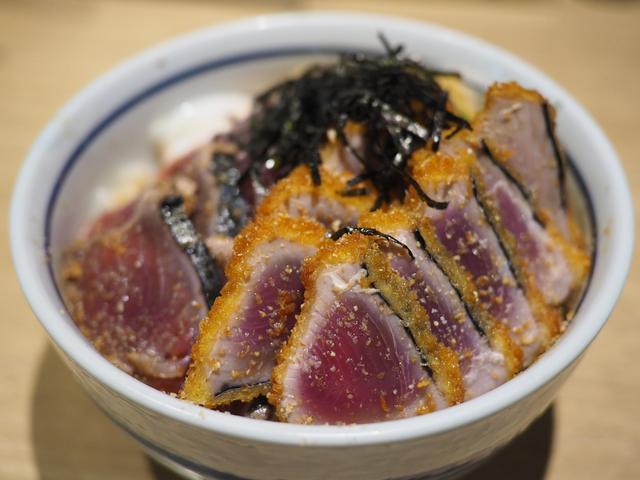 画像: 全国丼グランプリ金賞受賞の鰹たたきと鰹カツの丼の専門店! 三宮 「才谷梅太郎」